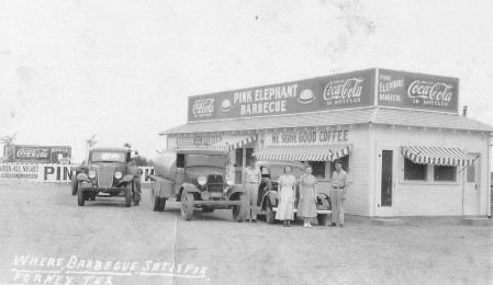 pink-elephant-bbq_forney_ebay_mailed-1936