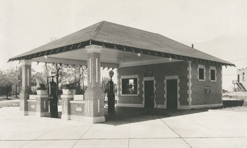 magnolia-filling-station_atlantic-terra-cotta-co-coll_UT