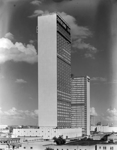 southland-ctr_john-rogers_1959-60_portal_southland-life-skyscraper-and-sheraton