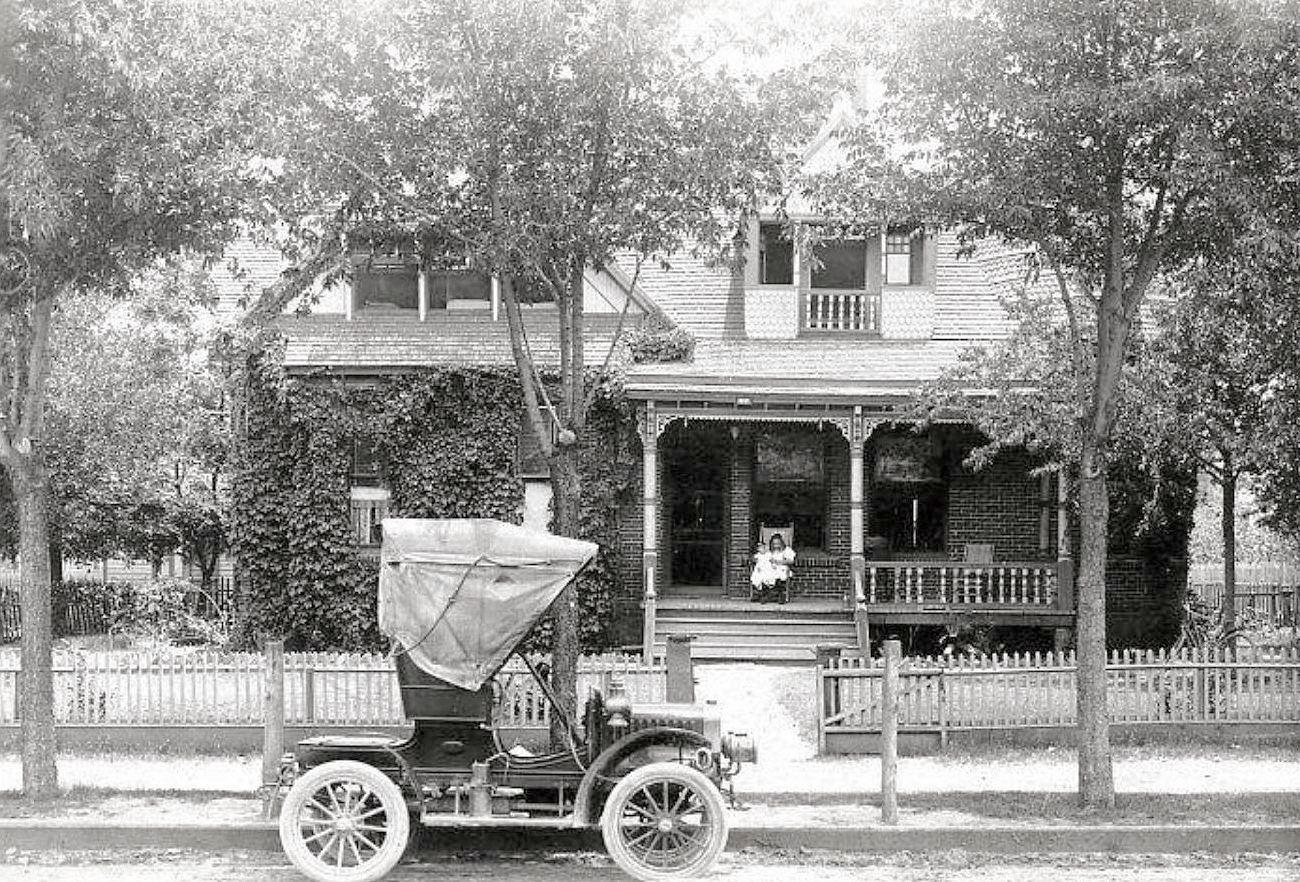 lively-house_poss-oak-cliff_rppc_1909_ebay