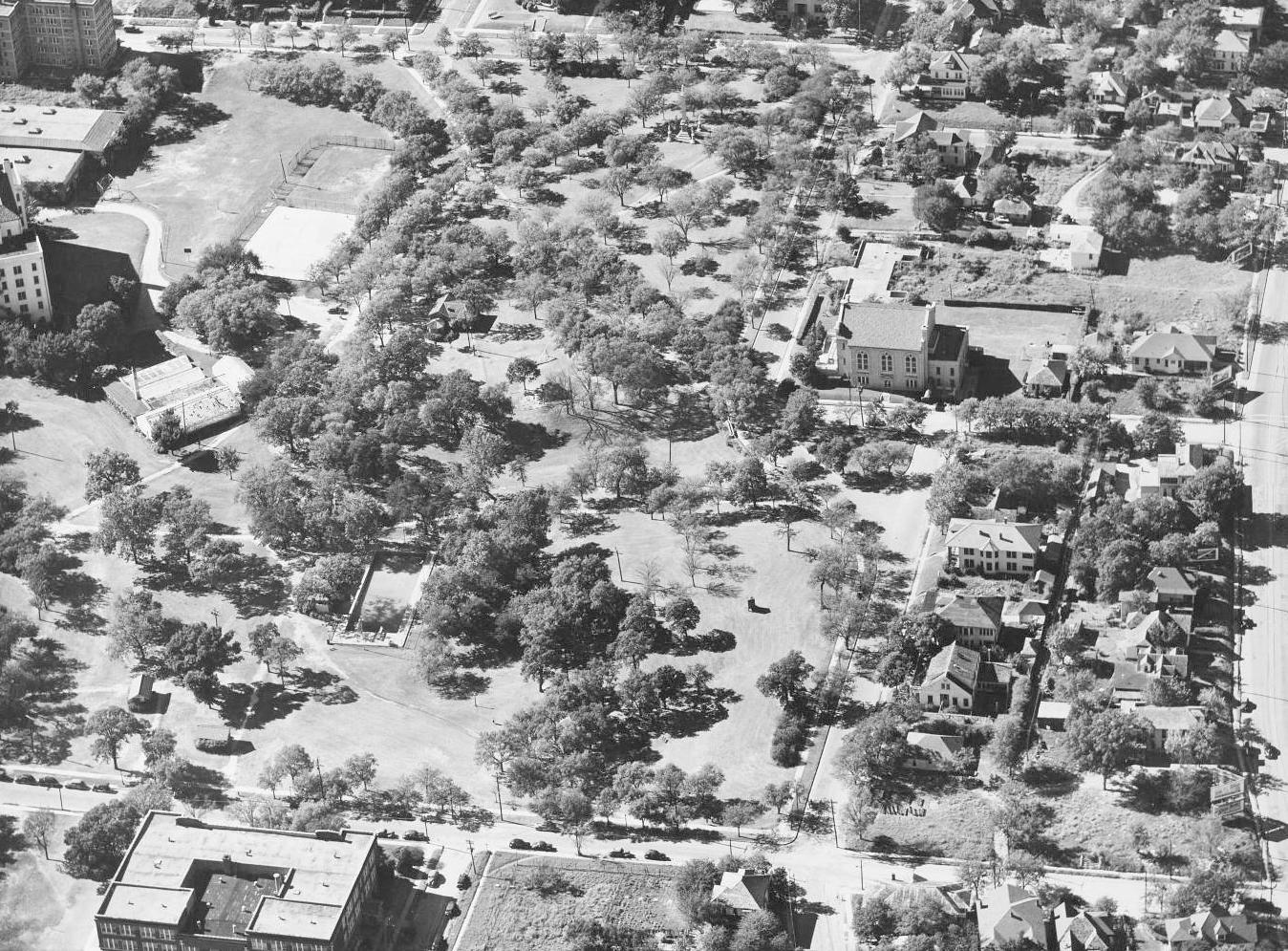 1948_city-park_aerial_dallas-municipal-archives_portal