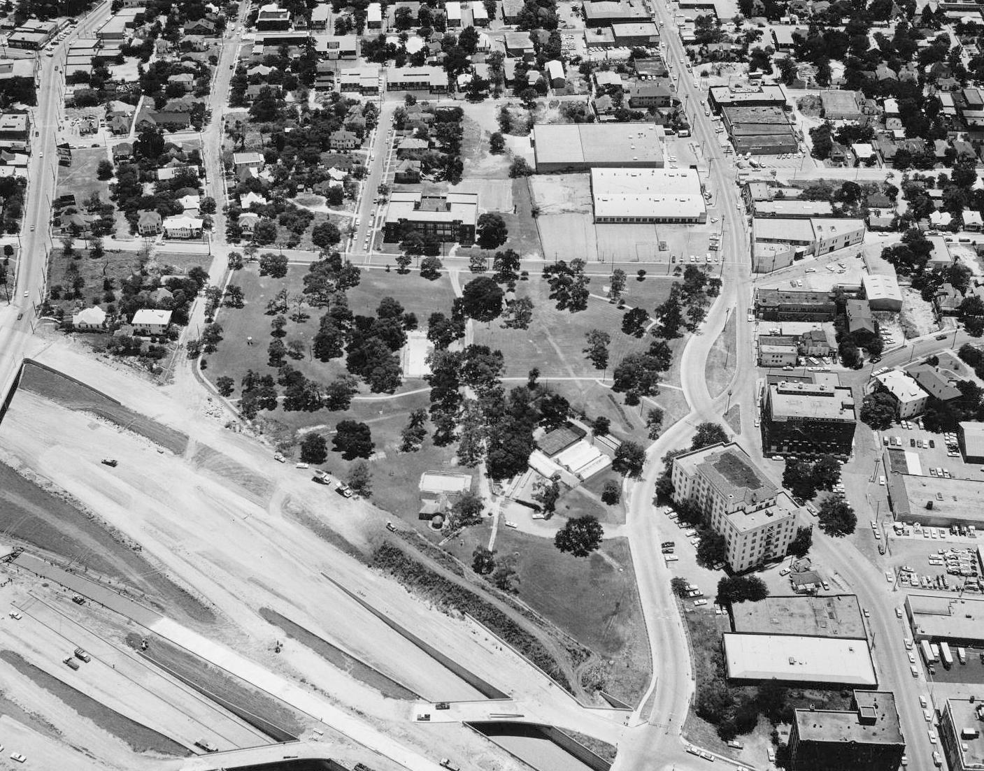 1966_city-park_aerial_squire-haskins_dallas-municipal-archives_portal