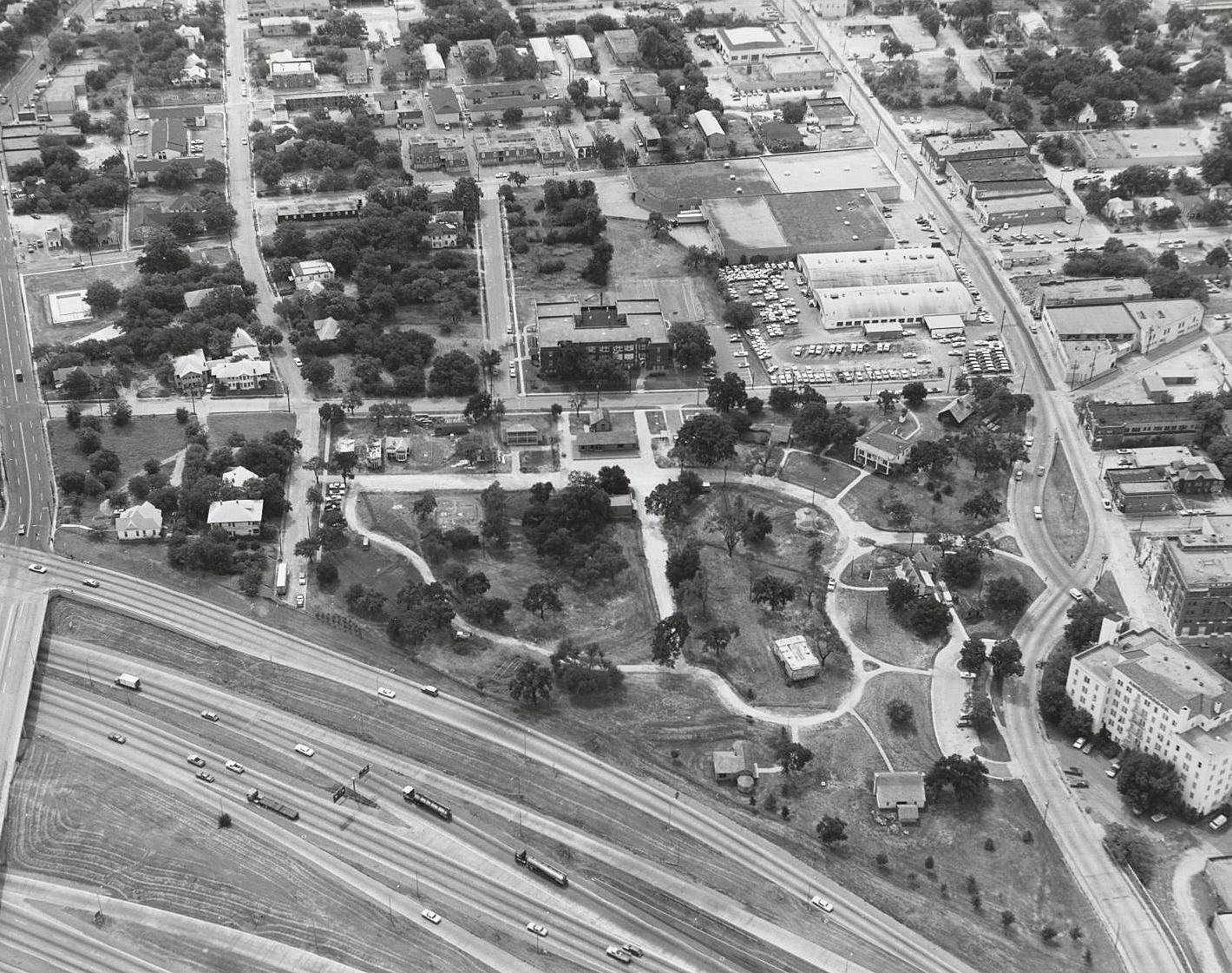 1975_city-park_aerial_squire-haskins_1975_dallas-municipal-archives_portal