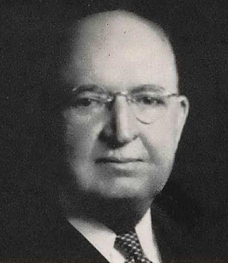 dr-e-h-cary_president_southwestern-medical-college_1944-yrbk