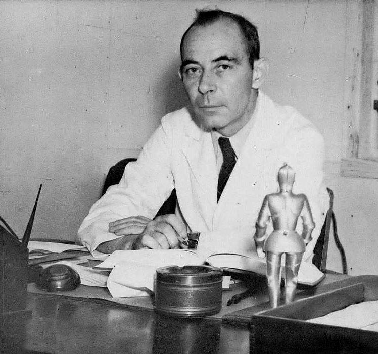 dr-tinsley-r-harrison_dean_southwestern-medical-college_1944-yrbk