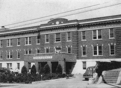 southwestern-medical-college_1944 yrbk_parkland-hospital_emergency-entrance