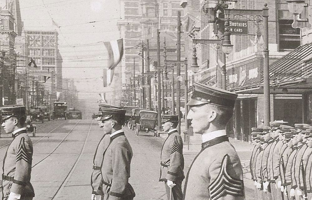 ww1_cadets_commerce-street_1918_natl-archives_det-3