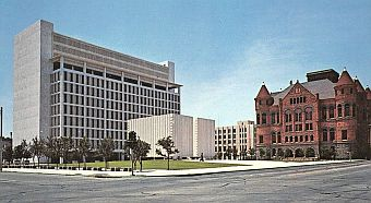 kennedy-memorial_courthouses_postcard_sm