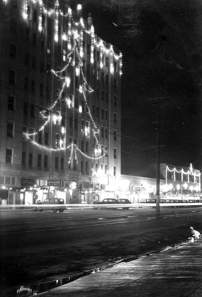 xmas_jefferson-tower_oak-cliff_portal_1937_b
