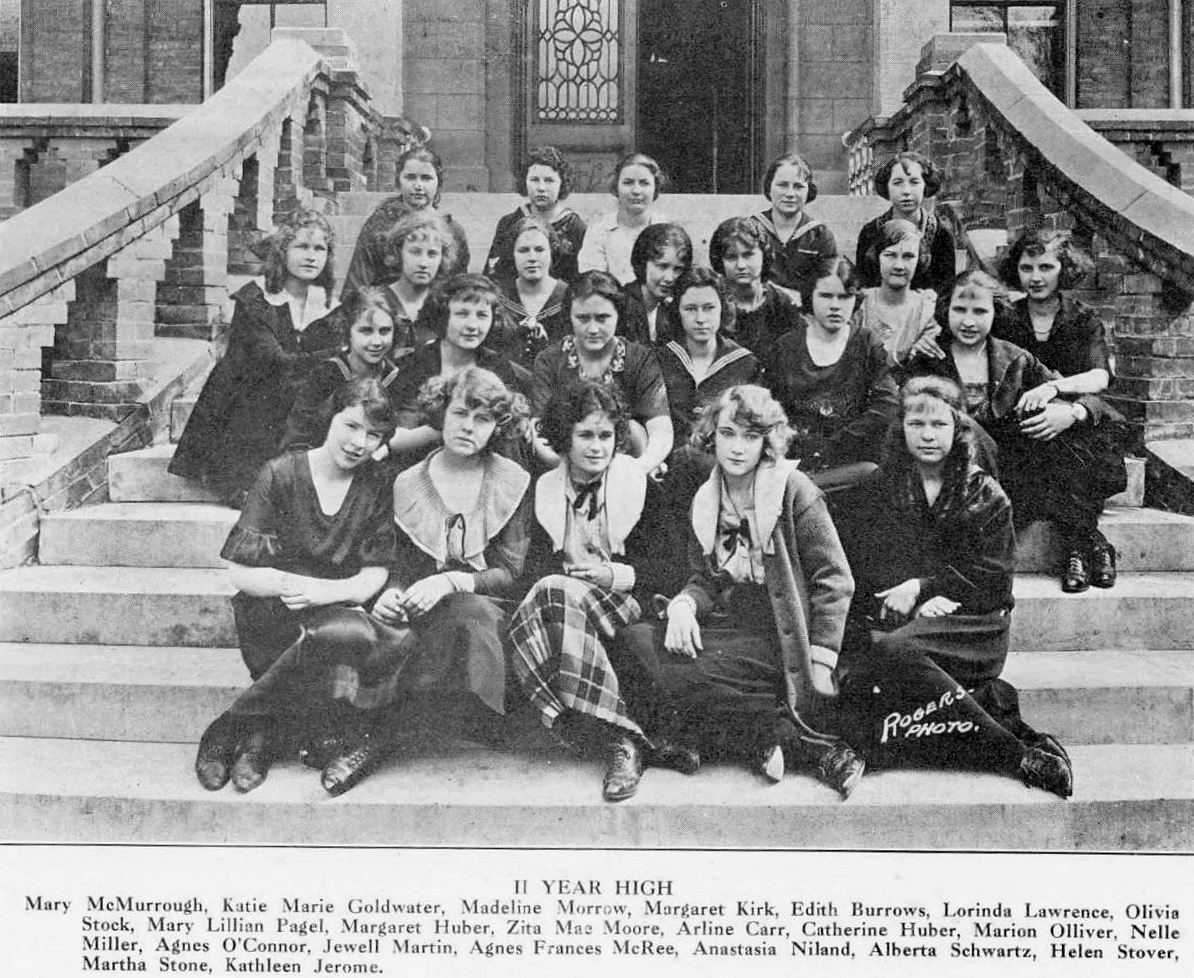 ursuline_1921-yrbk_2-year-high