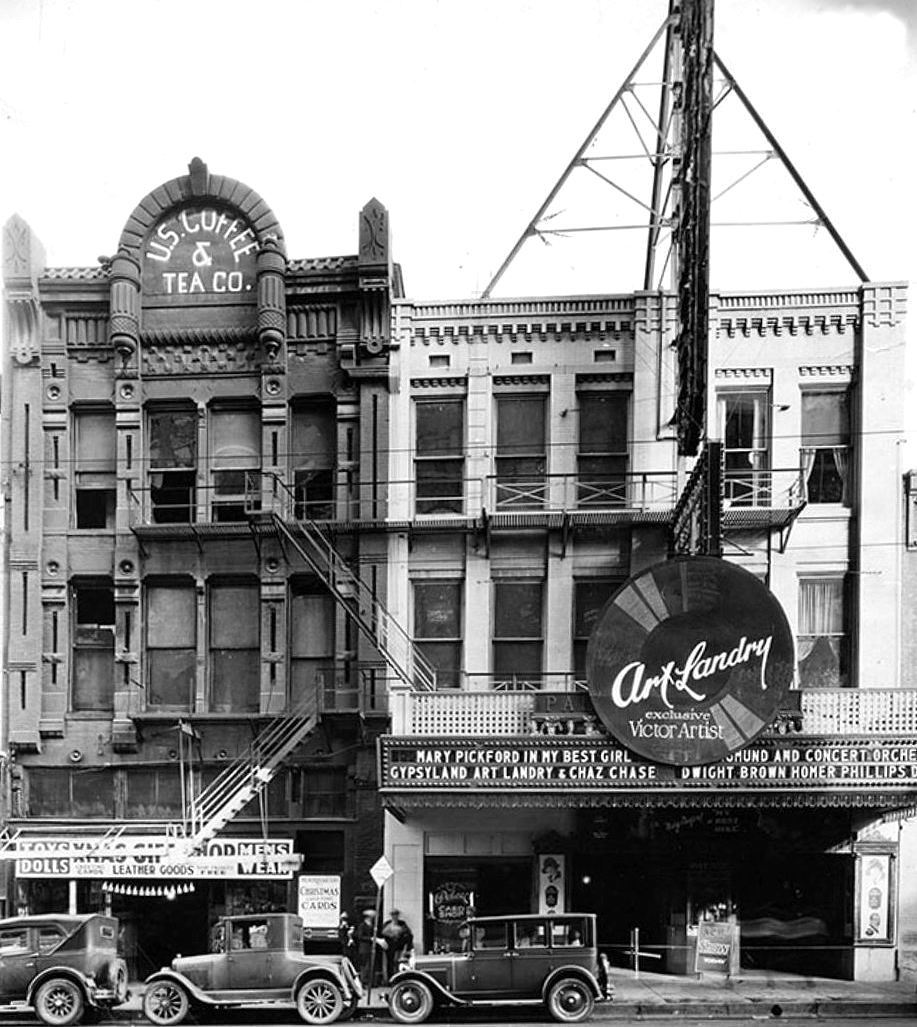 palace-theatre_u-s-coffee_frank-rogers_1927_DPL