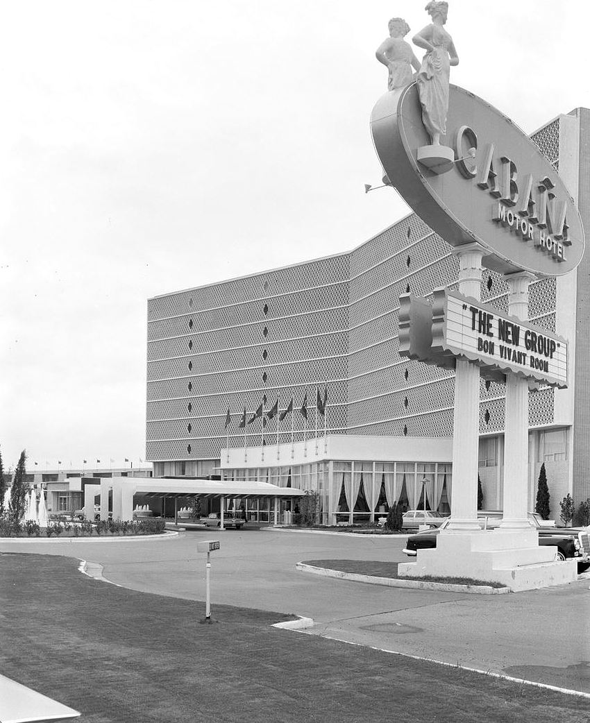 cabana-motel_squire-haskins_UTA