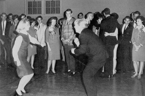 rocky-hill_woodrow-wilson_1965-yrbk